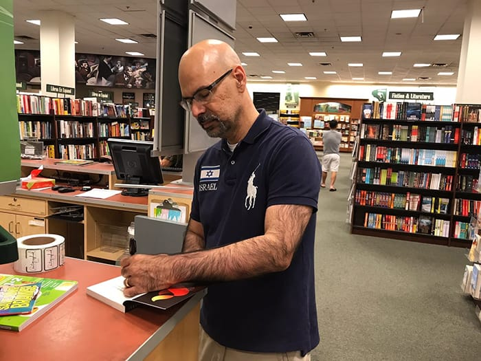 Book Signing at Barnes & Noble in Fullerton 2017