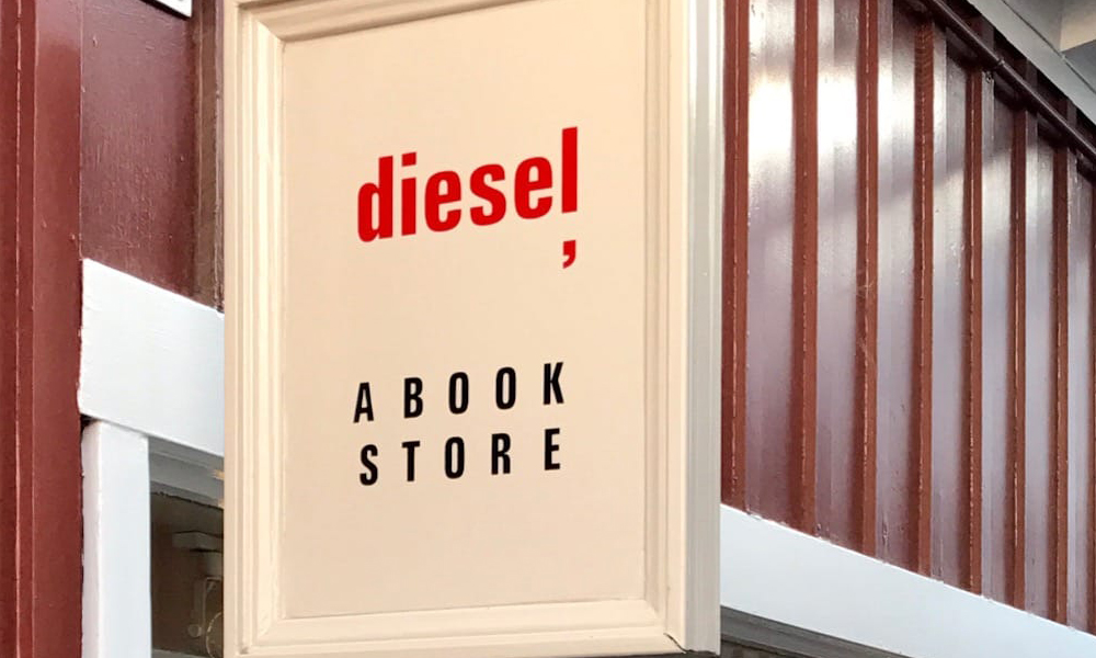 USA book launch at Diesel Book Store 31st August 2017